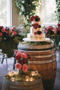 3 tier glam gold metallic #weddingcake for rustic wedding