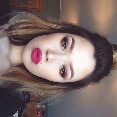MAC - lipstick (Flat out Fabulous)
