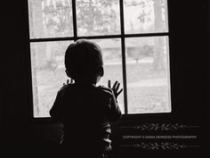 Dania deweese photography, little boy, black and white photography.