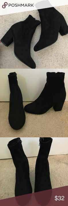 Steve Madden Booties Looking for the perfect holiday booties? I got you covered! These black suede effect steve madden booties are perfect for the upcoming season. It pairs great with jeans, skirts, dresses etc Only worn once, in great conditions. Steve Madden Shoes Ankle Boots & Booties