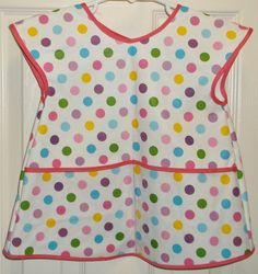 Plastic Apron/Bib Polka Dots Sizes 34  1011 by TheKraftyKats (Home & Living, Kitchen & Dining, Linens, Aprons, baby bib, toddler apron, craft apron, little girls apron, vinyl apron, polka dot apron, vinyl bib, handmade bib, handmade apron, childs apron, handmade, baby gift, baby shower gift)