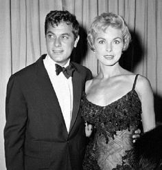 Vivian Leigh and Tony Curtis