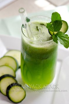 Minty Cucumber Melon Juice! #vegan