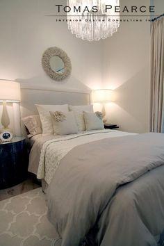 guest bedroom | Tomas Pearce Venini tronchi chandelier
