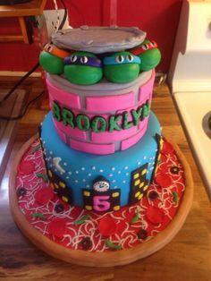 Girly ninja turtle cake