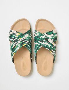 Perfect summer sandals.