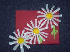 margrieten van plastic bekertjes Spring Flowers, Art Projects, Spring Summer, How To Make, Crafts, Amsterdam, Google, Cool Crafts, Spring
