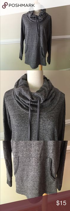 """Sonoma Life Style XL Hoodie Cotton Blend Heather Gray Hoodie.  Hoodie does not cover the head completely.  Pit to pit 25"""".  Back collar seam to hem 25 1/2"""".  27"""" collar seam to end of cuff. Sonoma Tops Sweatshirts & Hoodies"""