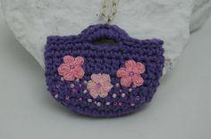 Crochet motif mini toteCrochet pendant  Violet by lindapaula, €10.00