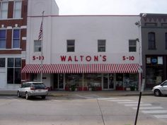 """The first Wal-Mart store was opened in 1962 by a salesman named Sam Walton. Today, Walmart (the brand by which """"Wal-Mart Stores, Inc& Rare Historical Photos, Rare Photos, Old Photos, Vintage Photos, Vintage Postcards, History Page, History Photos, Walmart, Oldschool"""