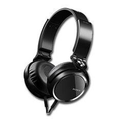 Qualidade e conforto pra você ouvir sua música em qualquer lugar. O headphone MDR XB600 da Sony reforça os sons graves e reduz os ruídos do ambiente. #Headphone #Sony