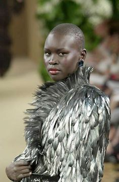 Yves Saint Laurent, Haute-Couture fall-winter 2000/01