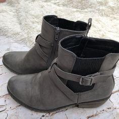 f113aead568f Rieker Women s Casual Dress Ankle Bootie Fumo Eagle Size EUR 40 US 9.5 Gray