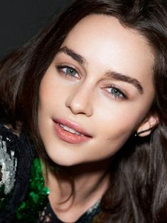Emilia Clarke sex got actress Emilia Clarke becomes one of the hottest American television actress after she appeared in the famous series of Game of Thrones. She has won many awards for her role Daenerys Targaryen in GOT. And now Emilia Clarke Emilia Clarke Daenerys Targaryen, Emilia Clarke Sexy, Enilia Clarke, Beautiful Celebrities, Beautiful Actresses, Icon Girl, Beautiful Eyes, Beautiful Women, Naturally Beautiful