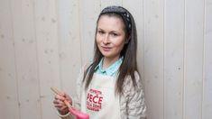 Houskovo tvarohové knedlíky s jahodami — Peče celá země — Česká televize Easy Meals, Easy Recipes, Red Velvet, Croquembouche, Pavlova, Coat, Sweet, Handmade, Fashion