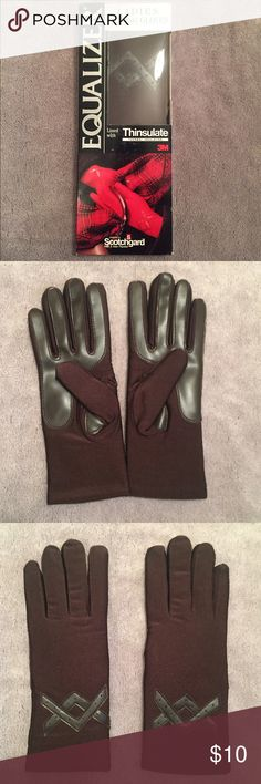 NIB Vintage Driving Gloves Vintage NIB chocolate brown lined driving gloves. Accessories Gloves & Mittens
