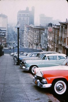 1955 - nob hill - mason between california and pine street. - most of the cars on this hill were valet parked by the mark hopkins hotel for many years.