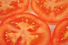Tomate gegen Akne