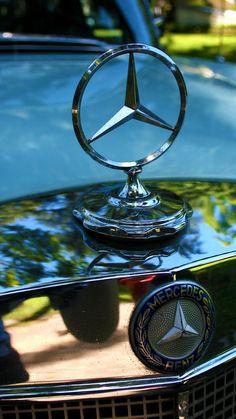 Mercedes-Benz - The True Star. Mercedes 220, Mercedes Benz Logo, Disney Cars Wallpaper, Mercedes Benz Wallpaper, Mercedez Benz, Top Luxury Cars, Classic Mercedes, Benz S, Dream Cars