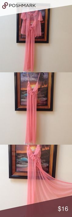 Vintage Diane VanFurstrnberg nightgown w/cover SzS Light and flowing long, sheer, ruffled gown with  front opening and matching cover top..Polyester material.  Excellent condition! Soft and appealing Size S Diane von Furstenberg Intimates & Sleepwear