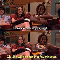 Remember when Cat didn't know that they were stuck in a RV? Victorious Nickelodeon, Icarly And Victorious, Nickelodeon Shows, Nickelodeon Cartoons, Funny School Memes, Funny Relatable Memes, Tv Show Quotes, Movie Quotes, Funny Quotes