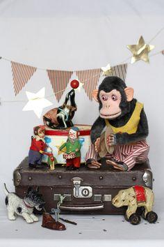 Toy-museum.ru Виртуальный музей лошадок-качалок Antique Toys, Vintage Toys, Virtual Museum, Antiques, Birthday, Antiquities, Old Fashioned Toys, Old Fashioned Toys, Antique