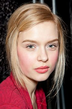 Fall 2012 Makeup Trends | nude eyes vivid blossom pink blush and lips #makeup