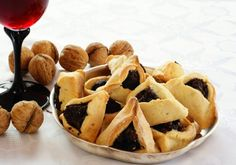 Wondering what the Jewish Holiday Purim is?  Check out this posting!
