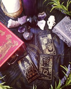 Golden Thread Tarot is a modern minimalist tarot deck printed in gold foil, with easy to read symbols for witches of all levels. Comes with custom tarot app to guide you through the process.