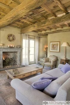 37 terrific ideas to get an authentic french country living room French Country Interiors, French Country Living Room, French Country Cottage, Cottage Interiors, French Country Decorating, Italian Living Room, Country House Interior, Rustic French, Country Chic
