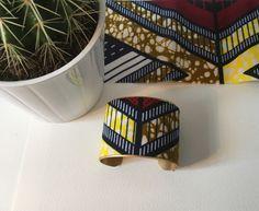 "Manchette ""Désert"" laiton brut et tissu wax traditionnel africain"