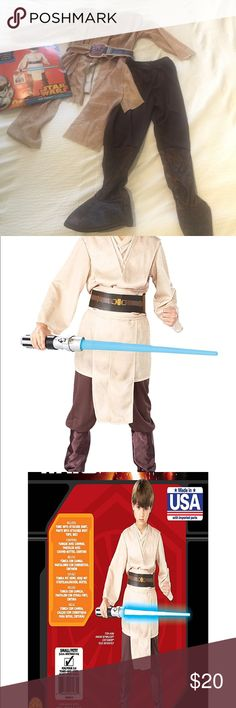 Jedi knight Star Wars kids Costume   Star Wars Episode III Deluxe Child's Jedi Knight Costume, Small (4-6).  Used only once.  Includes: tunic with attached shirt, pants with attached boot tops and belt.  Perfect for your little Jedi!! Disney Costumes Halloween