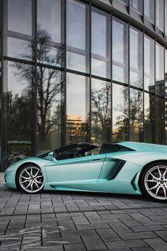 Lamborghini Aventador Roadster - Luxury Car Connection
