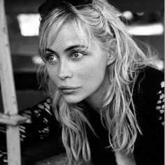 French actress Emmanuelle Beart photographed by Sylvie Lancrenon for the cover shoot of the women's magazine Marie Claire France for the mo. Manon Des Sources, Emmanuelle Béart, Marie Claire France, Jamie King, Star Francaise, Black And White People, Marianne Faithfull, Bridget Bardot, Madame Butterfly