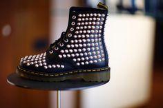Dr. Martens Dr. Martens, Combat Boots, Shoes, Fashion, Fashion Styles, Moda, Zapatos, Shoes Outlet, Shoe