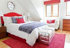 Tween bedroom. Love the silver cubes at the end of the bed.