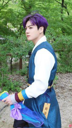 Busan, Foto Bts, Bts Jungkook, Bts Aegyo, Jungkook Fanart, Seokjin, Namjoon, Bangtan Twitter, J Hope Dance