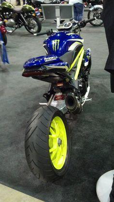 Triumph stunt bike