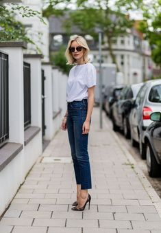White T-Shirt Outfit Ideas - White T-Shirt Style Inspiration