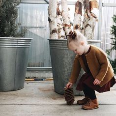 Adelisa & Co. leather shoes for babies and toddlers are made using 100%, genuine leather in a soft brown tone and have a flexible rubber sole. They are comfortable, versatile, and feature a timeless design making them your go-to leather shoe for your child. Whether it is exploring outside in the fresh air, or a celebration that calls for a dressier outfit, these Adeilsa & Co. genuine leather shoes are perfect for any adventure your little one takes them on.