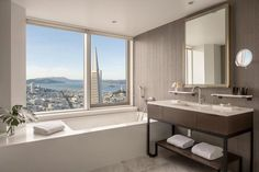 Bathroom with a view: San Francisco Bay with Alcatraz island, and the city with the Coit Tower (right) and the Transamerica Pyramid (centre right). Flamingo Resort, Transamerica Pyramid, Moonstone Beach, Palm Springs Hotels, Farm Cottage, San Francisco Bay, Four Seasons Hotel, Staycation