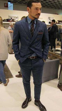 ツイードジャケットスーツスタイル