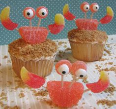 You must make The Cutest Crab Cupcakes Ever to serve at a party, give as a gift, or devour yourself. Edible crafts don't get any cuter than these!