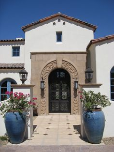 Stunning Front Door Flower Pots to Liven Up Your Home With Design Ideas - Page 17 of 32 Best Front Doors, Beautiful Front Doors, Front Door Entrance, House Front Door, Small Entrance, Front Entry, Door Entry, Grand Entrance, Spanish Modern
