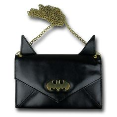 Put Your Money in this Batman Eared Envelope Wallet with Chain. It'll be safe, but watch out for jokers. Batman Love, Batman Stuff, Batman Bag, Um Dia Desses, Nananana Batman, Superman, Geek Fashion, Fashion Ideas, Mk Bags
