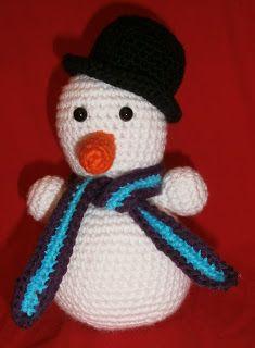 Op Pinterest kwam ik deze super schattige sneeuwpop tegen. Wat een ontzettend schattig mannetje. Deze moest natuurlijk gemaakt worden m...