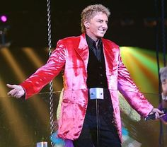 barry manilow latest images | Recent Photos The Commons Getty Collection Galleries World Map App ...
