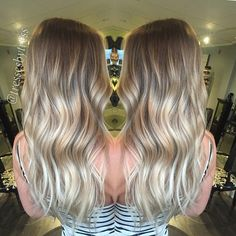All... About... The... Blonde! @cameooh ❤️ babe alert!!! #summercolor for this dime #blonde #balayage #ombre #blondebalayge #hairpainting #btconeshot_hairpaint #babyblonde #platinumombre #hairdresser #hairstyle #behindthechair #braidsandbalayage #hairstyles #whiteblonde #beachwaves #beachyhair #sunkissedhair #olaplex @olaplex @aveda @braidsandbalayage @behindthechair_com