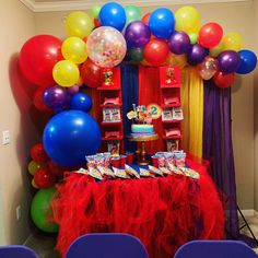 Wiggles Cake, Wiggles Party, Wiggles Birthday, The Wiggles, Boys First Birthday Party Ideas, Birthday Party Themes, 2nd Birthday, Capri Sun, Fruit Snacks