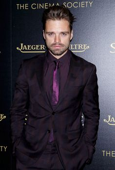 SEBASTIAN DAILY <--- IT says Jeagër (apart from the swapped 'a' and 'e')